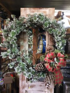 customsnowwreath